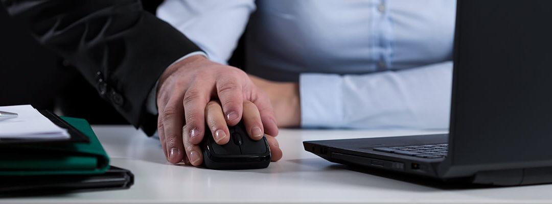 Czym jest mobbing – 7 przykładów zachowań stanowiących mobbing w pracy